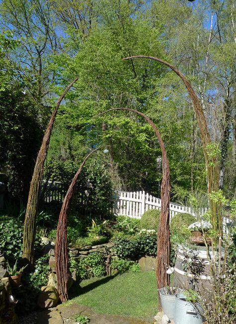 Karin Urban - Natural STyle | - Part 9 Weiden-Torbogen gedoppelt- gefällt mir wirklich super gut. Ja mir auch. Könnte ich mir in unserem Garten gut vorstellen