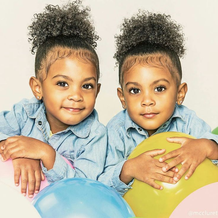 Meet with the McClure Twins trending over the internet - Gemssblog