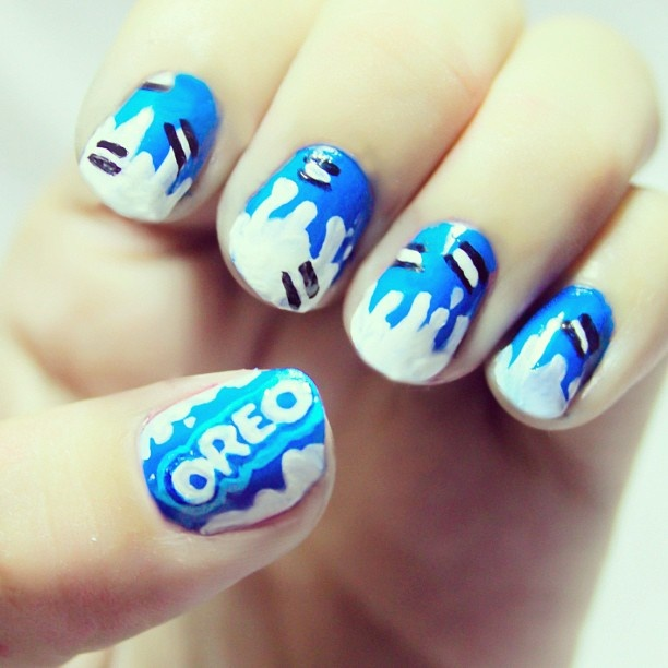 Oreo Nails  Colours: Blue, white and Black  Length: 15 Minutes