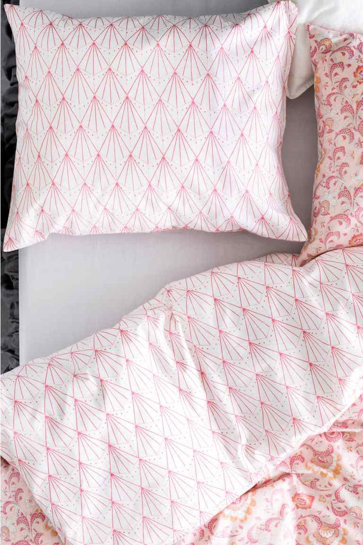 #housse #couette #linge #lit #petits #motifs #geometrique #rose #blanc