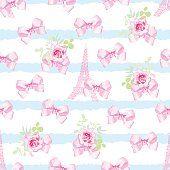 Бесшовный принтом в полоску с розовые Атласные банты и видом на Эйфелеву башню
