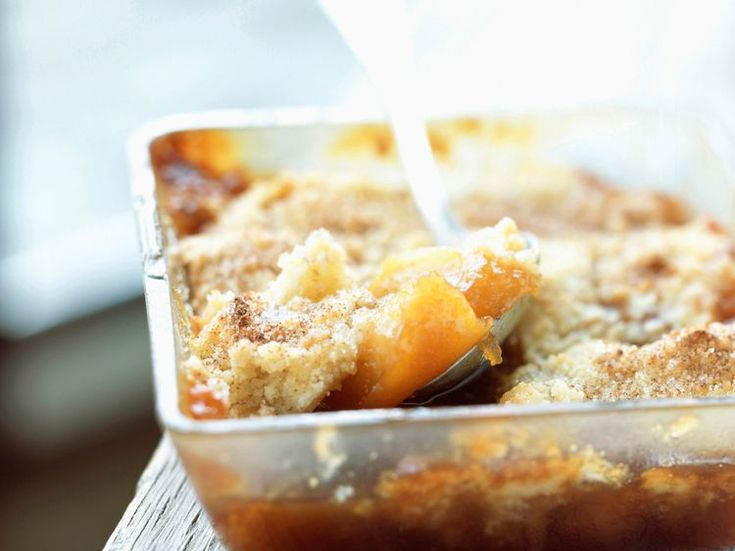 Découvrez la recette Crumble 4 Pommes sur cuisineactuelle.fr.