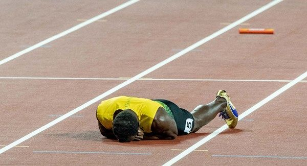BreakingNews.ie   Great Britain's men's 4×100 metres relay team claimed a stunning gold medal amid chaotic scenes at the World Championships in London as Usain Bolt's glorious career ended in injury and agony. The British quartet of CJ Ujah, Adam Gemili, Danny Talbot and... - #4X100, #Bolt, #Britain, #Great, #Pulls, #Relay, #TopStories, #Usain, #Win
