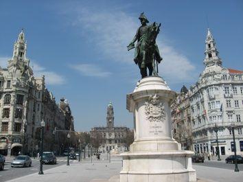 AVENIDA DOS ALIADOS   THE MONUMENTAL HEART OF PORTO