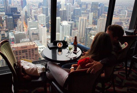 Signature Room at the 95th - John Hancock Center Date | 45 ACTUALLY GREAT CHICAGO DATE IDEAS