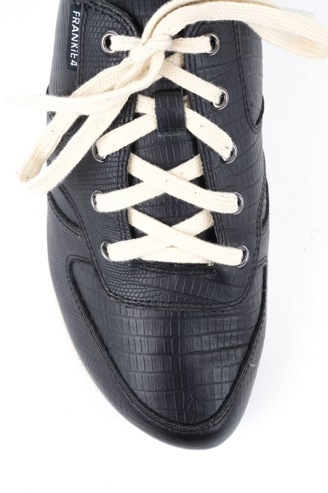 Urban sneaker for cafe, gym or general wear in Black or Gold leather by FRANKIE4.All leather and acool unique toe shape. Comes withcontrasting laces so you can create different looks. Why is this brand so good?Its been designed by a Podiatrist and a Physiotherapist with your feet and your style in mind. Every shoe box contains a fullset of insoles so you canput in or take out various ones and getthe perfect fit for you - narrow (yes Narro...
