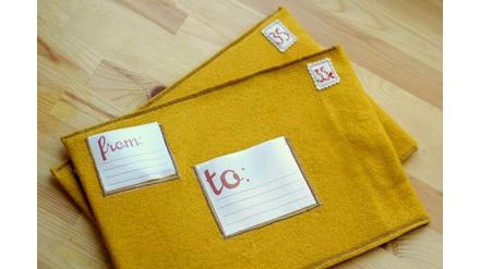 DIY felt mailing envelopes...