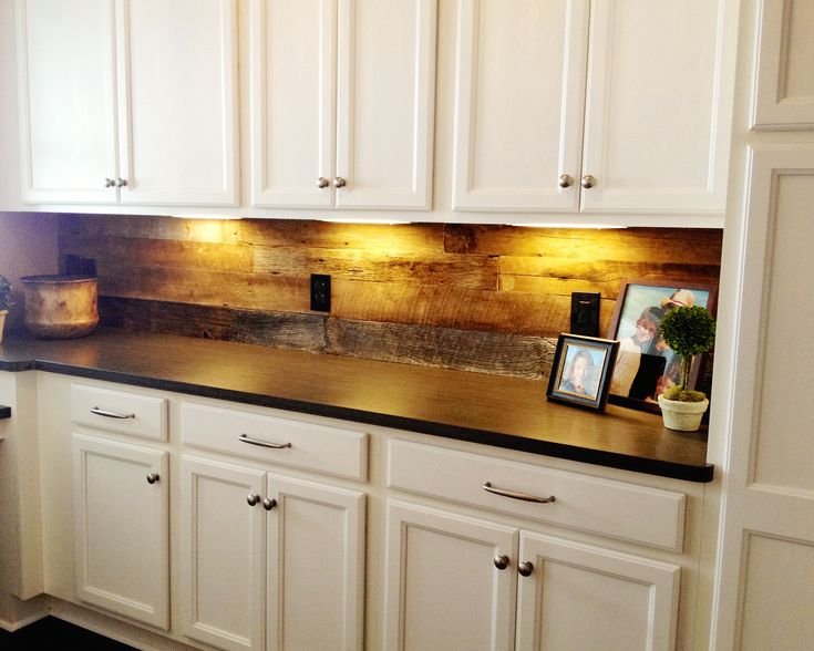 Barn Wood Backsplash In Walk In Pantry With Images Wood Kitchen Backsplash Diy Kitchen