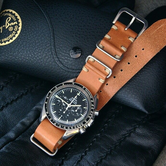 "A Vintage kind of #speedytuesday with our B & R Bands "" LV "" Leather Nato Strap on the Speedmaster!!!!"