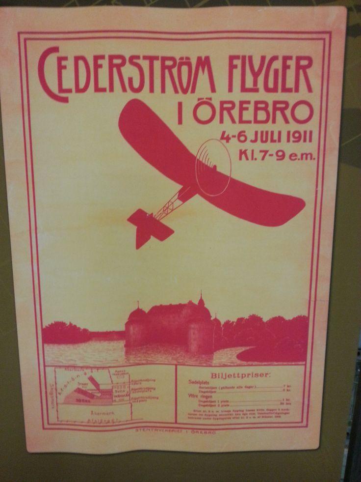 Cederström flyger i Örebro.