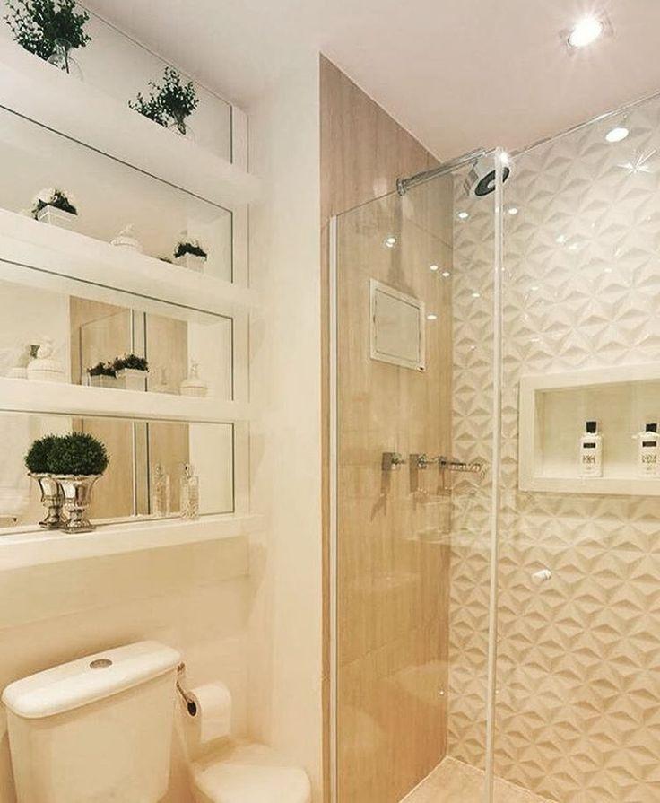 """179 curtidas, 2 comentários - Vanessa Holtz (@van.holtz) no Instagram: """"Banheiro pequeno? Isso não quer dizer sem charme e aproveitamento de espaço! Aproveite esta dica,…"""""""
