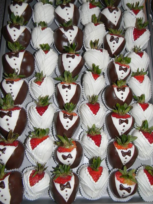 Bride and Groom Chocolate Covered strawberries make perfect favors or desserts for any Bridal Shower or Wedding.