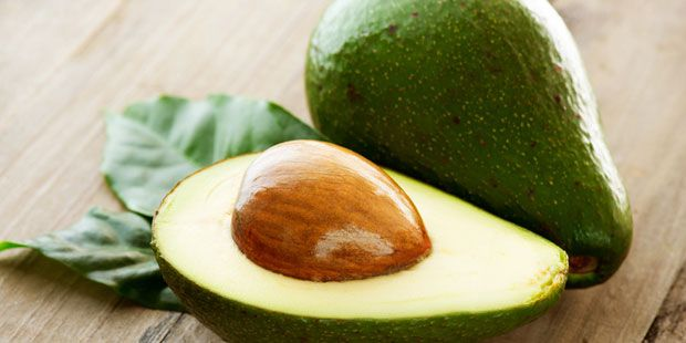 Avocado gegen trockene Haut