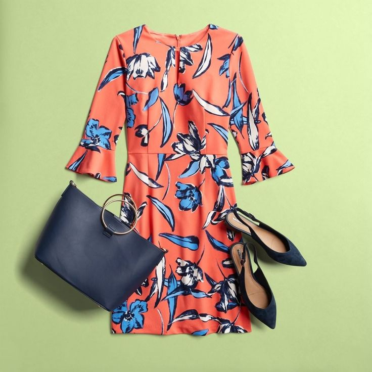 """302 Likes, 7 Comments - Stitch Fix (@stitchfix) on Instagram: """"Put fresh Spring styles to work! Wake up your workwear with vibrant pops of color and bold prints.…"""""""
