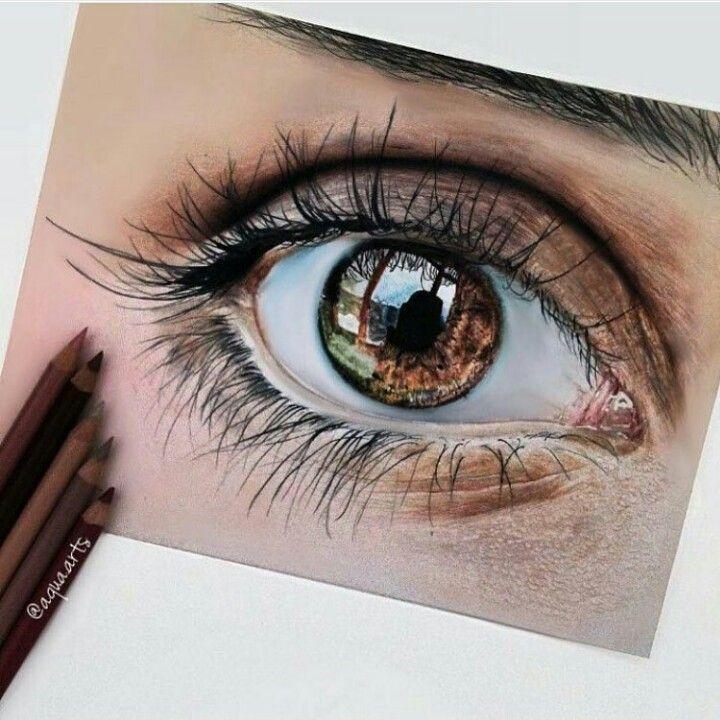 Realistisch aussehende Augenzeichnung mit Buntstiften! Tolle!