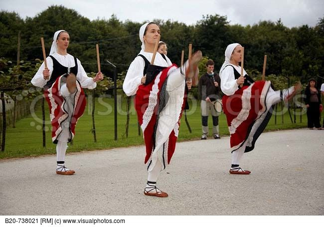 Folk dance  Hondarribia. Guipuzcoa  Basque Country  Spain