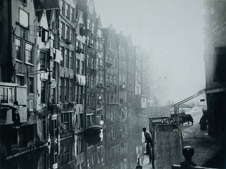 George Hendrik Breitner- Oudezijds Achterburgwal, Amsterdam (Het Kolkje)