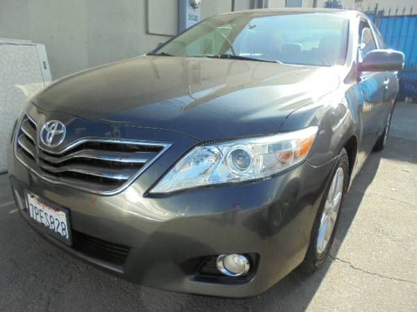 2011 Toyota Camry XLE (Gray) (Los Angeles) $8900