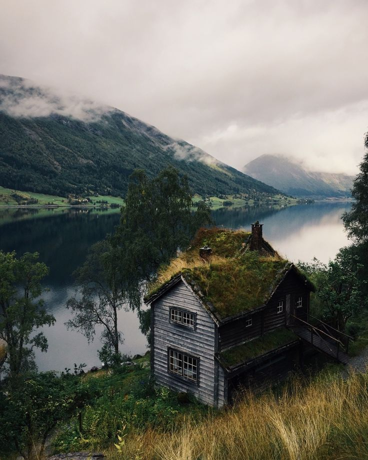 Stay in Norway with our affordable 1BB accommodation.   Have a look here: www.1bb.com