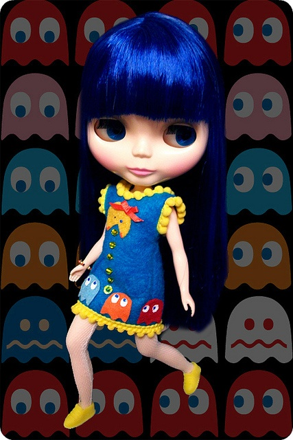 Blythe with Pac Man background & dress!