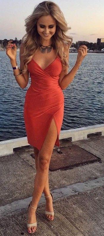 Peste 1000 de idei despre Little Red Dress pe Pinterest  Rochii