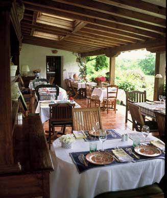 Olhabidea restaurant et chambre d 39 h te du pays basque sare 64310 basque country - Chambre et table d hote pays basque ...