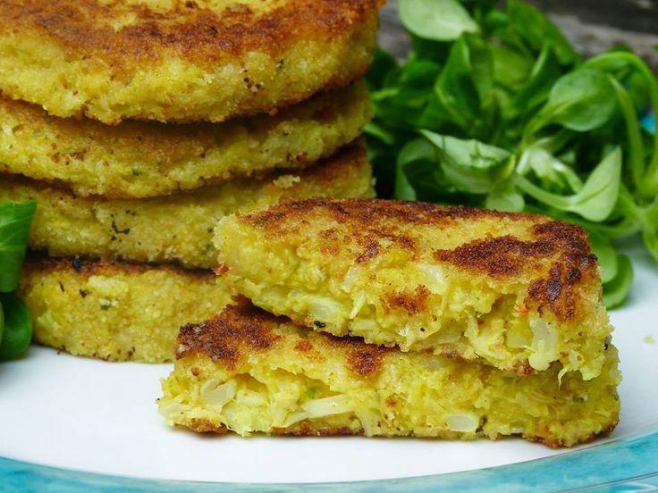 Aussen kross, innen weich - so müssen leckere, vegane Kartoffel Blumenkohl Puffer sein! Günstig, ohne viele Zutaten und 100 % gelingsicher.