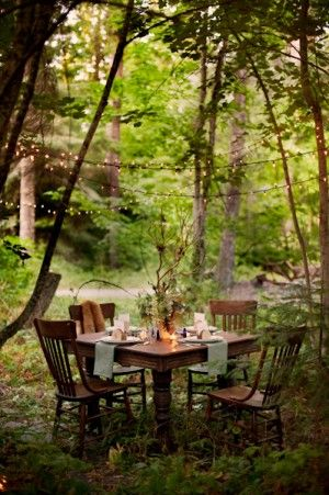 woodland table (Event design – La Lune Events  Photography – Rebecca Hollis Photography  Floral – Fleurtations Floral- see site)