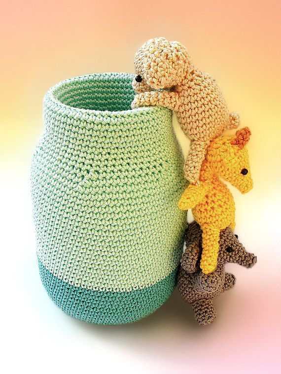 Crochet pen holder, cute desk accessory, cute desk pen holder