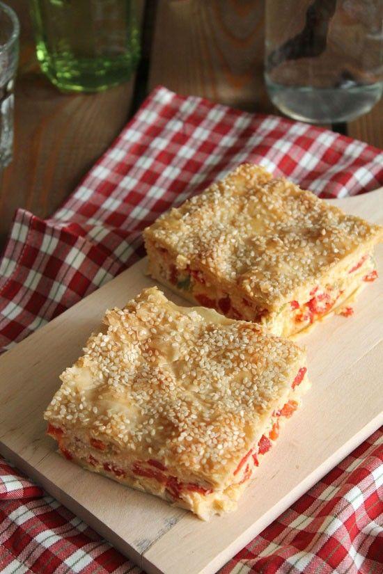 Πιπερόπιτα με φέτα και κασέρι