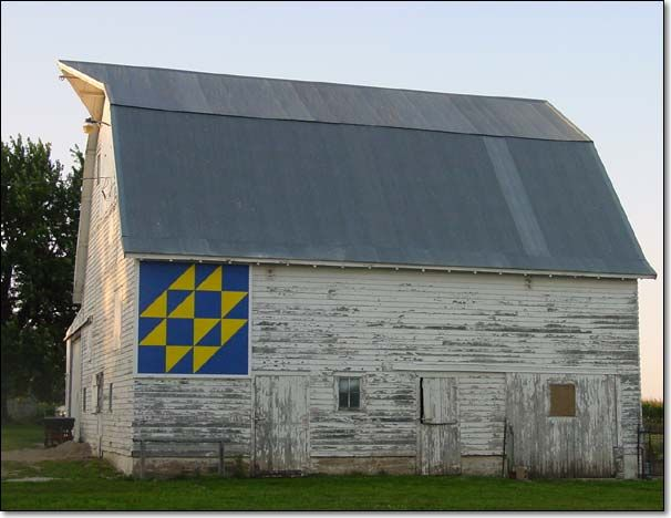 85 best images about Painted quilt blocks on Pinterest Barn quilt patterns, Old barns and ...