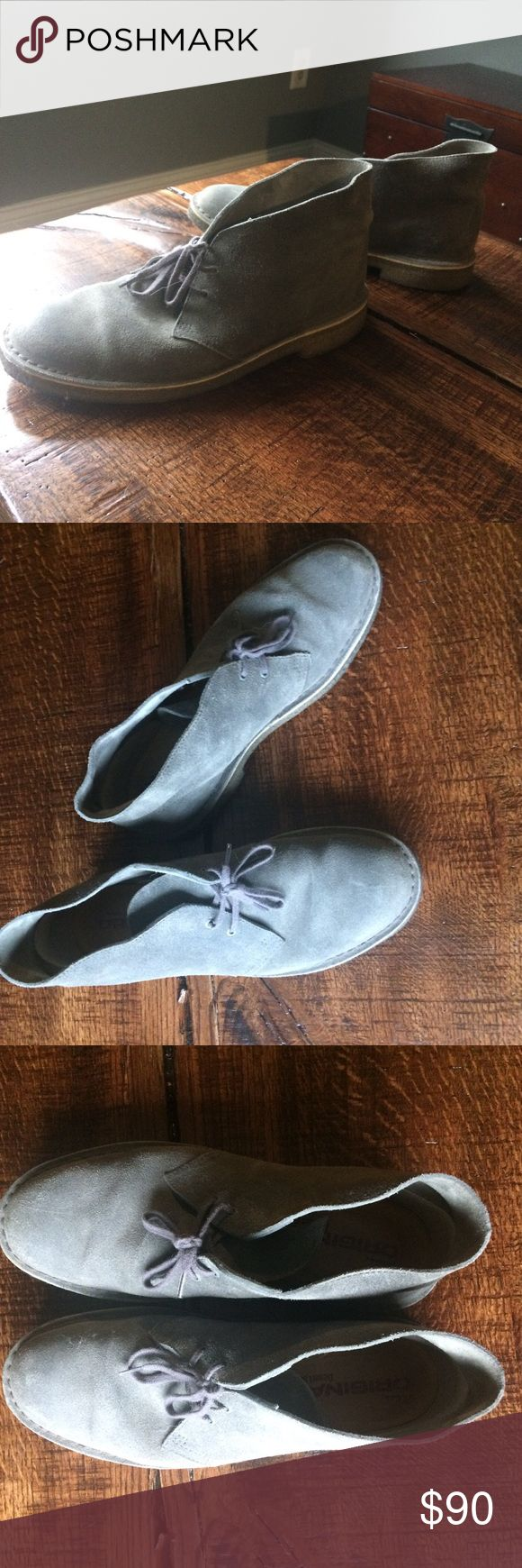 """Clark's Originals Men's Desert Boot, Grey 10 Clark's Originals Men's Desert Boot, in Grey distressed, size 10. EUC, little signs of wear, non smoking home.  Leather Imported Crepe sole Shaft measures approximately 4.5"""" from arch Imported Crepe sole Stabilizing suede-lined heel counter Platform measures approximately 0.5"""" Heel measures approximately 1"""" Clarks Shoes Boots"""