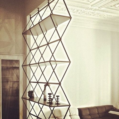 simple and impatcful shelf design