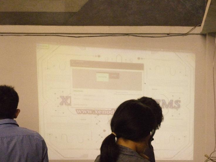 Foto No.8 #PizzaHub 01 (28/04/2012) en Facultad de Ingeniería, UNAM