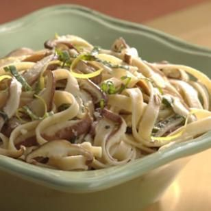 Try this recipe for Fettuccine with Shiitake Mushrooms & Basil. #italian #pasta
