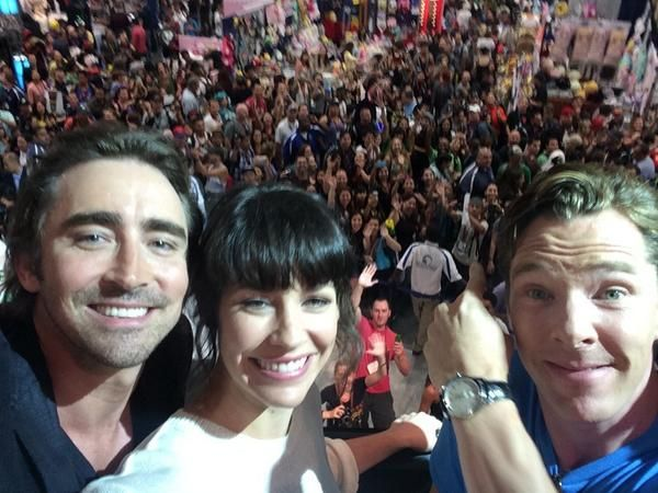 """""""Yo! On the floor with #BenedictCumberbatch #EvangelineLilly"""". And all the cool kids DO know each other, much as I have always secretly suspected..."""