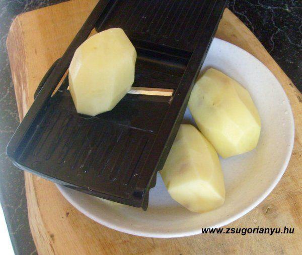 burgonya szeletelése chipshez