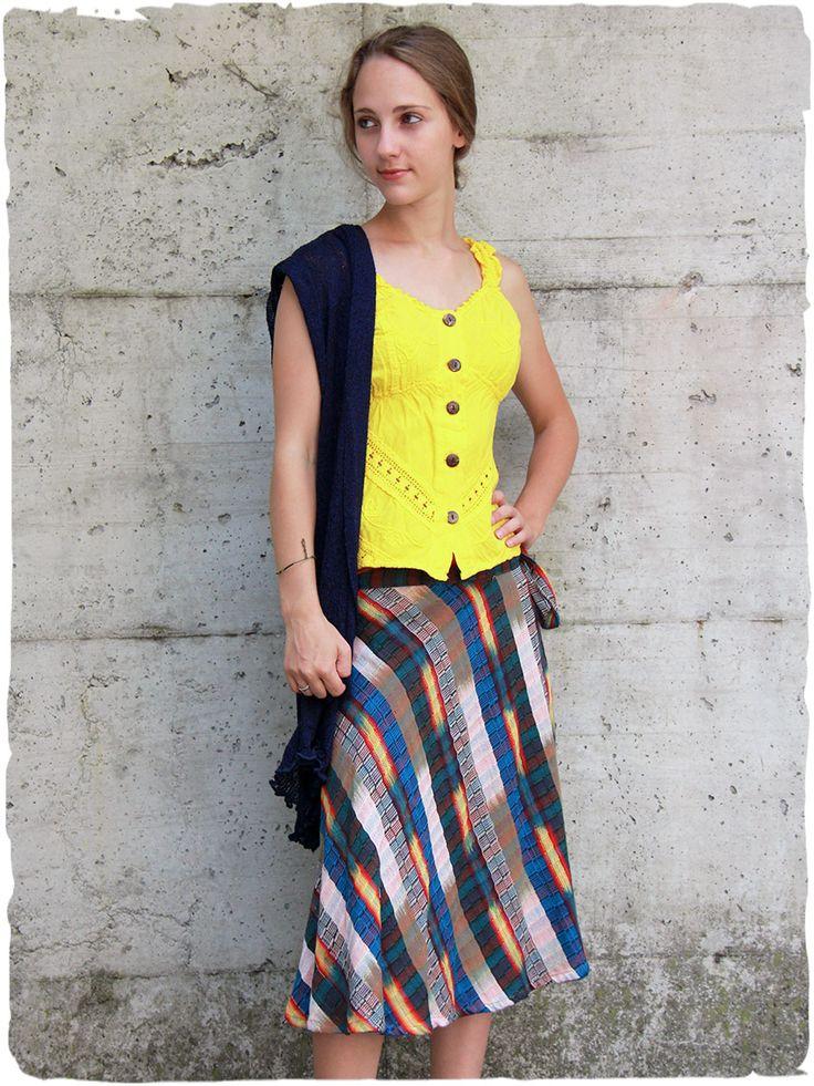 Gonna lunga Gitana  Gonna lunga a portafoglio con cintura regolabile. - See more at: http://www.lamamita.it/it-IT/store/abbigliamento-estivo/1/gonne/gonna-lunga-gitana#sthash.Cf4rsuLW.dpuf
