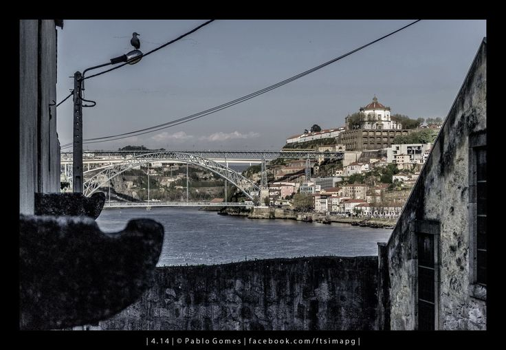 O Douro, a ponte Luiz I e o Mosteiro da Serra do Pilar / El Duero, el puente Luiz I y el Monastério de Serra do Pilar / The Douro river, the Luiz I bridge and the Monastery of Serra do Pilar [2014 - Gaia - Portugal] #fotografia #fotografias #photography #foto #fotos #photo #photos #local #locais #locals #cidade #cidades #ciudad #ciudades #city #cities #europa #europe #porto #oporto #turismo #tourism #rio #river @Visit Portugal @ePortugal @WeBook Porto @OPORTO COOL @Oporto Lobers