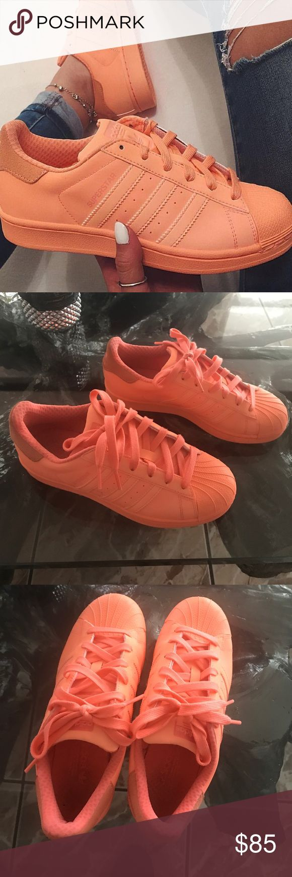 Adidas SUPERSTAR REFLECTIVE Peach Shoes Adidas superstar adicolor sunglow. Reflection orange super cute and comfy. Im size 8 and this Men size 5 fits perfect! Excellent condition. Im selling just because I don't wear them. Adidas Shoes Sneakers