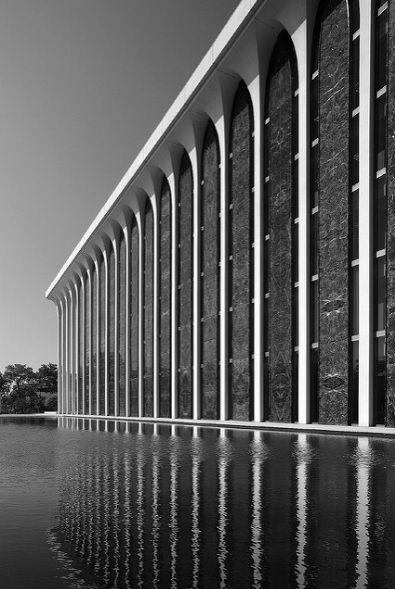 Northwestern National Life Building (now ING)  Minneapolis MN (1965) | Minoru Yamasaki & Associates | Image : Pete Sieger