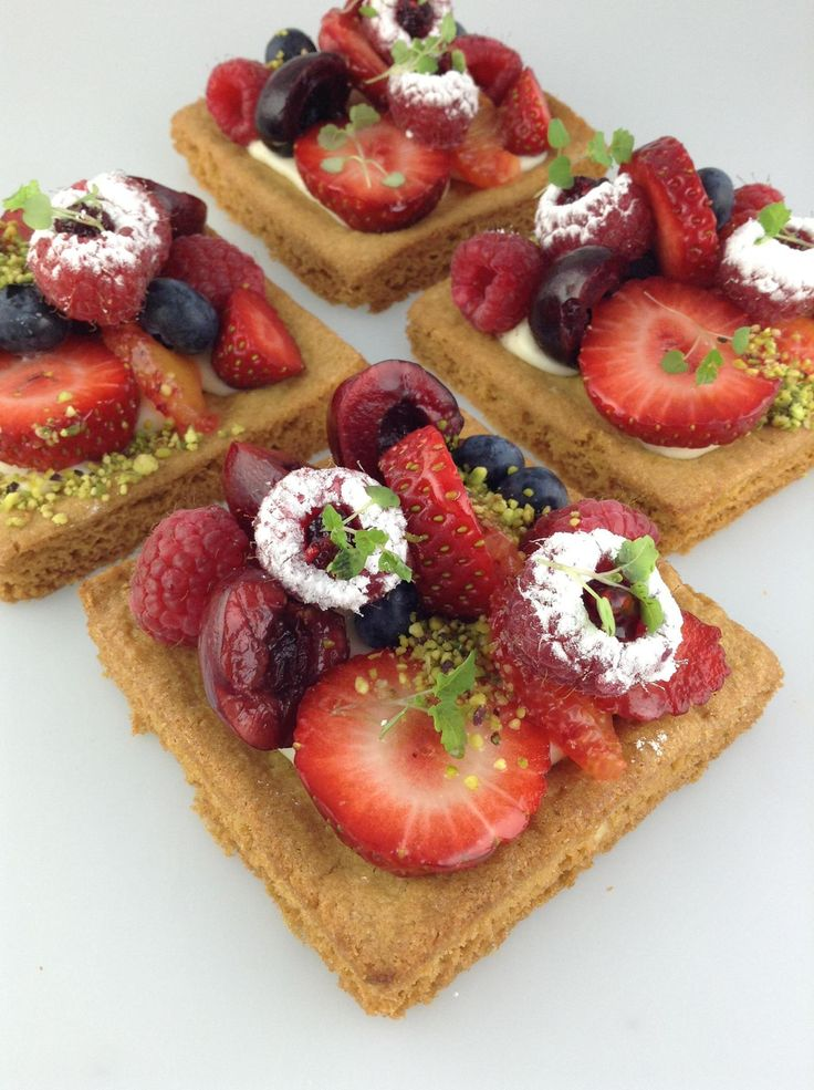 A lovely tart creation from Christophe Adam's class at Savour. #tarts