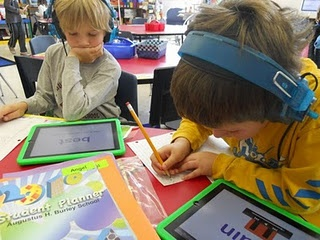 iPads at Burley: First day with student literacy centers!