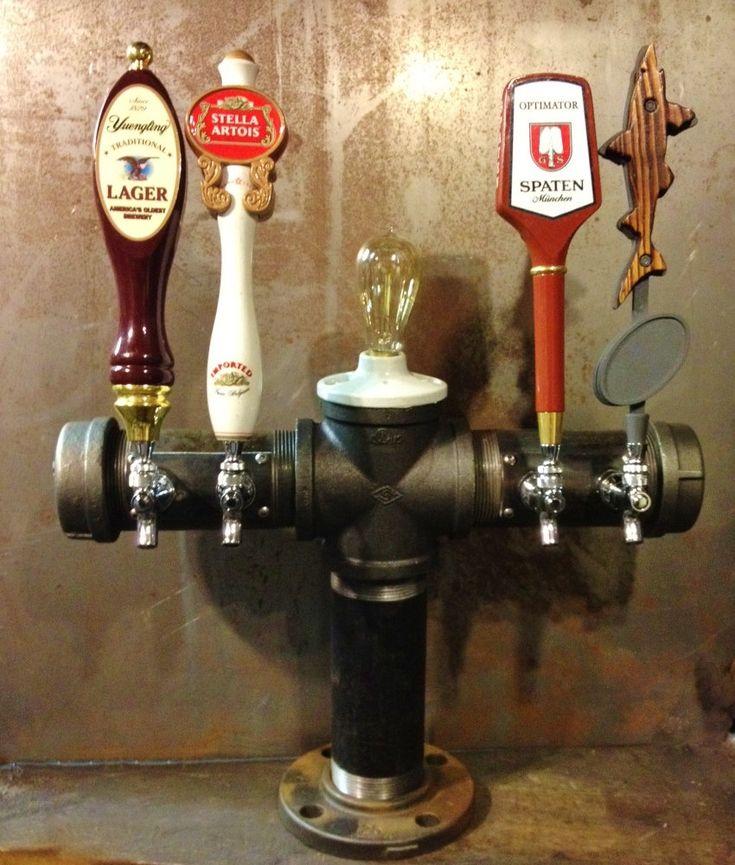 Aangepaste ontwerp bier toren 4 Tap ijzeren pijpje door TappedBeer