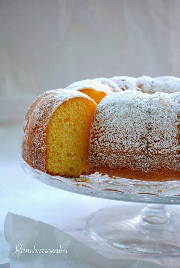 Torta soffice soffice con panna e limoncello