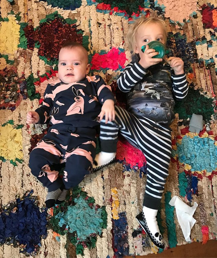 Lula Rose & Sailor Gene - the sweet kids of Liv Tyler & David Gardner. Sailor is wearing a Molo outfit.