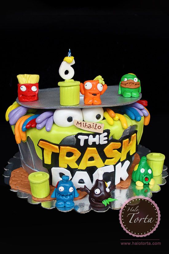 Halo Torta | The Trash Pack Cake