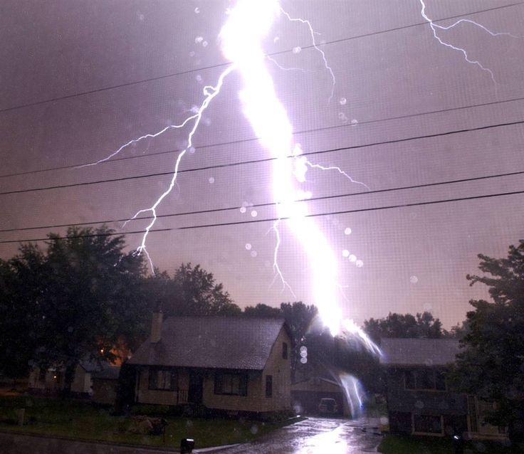Thunderstorms And Lightning Damage