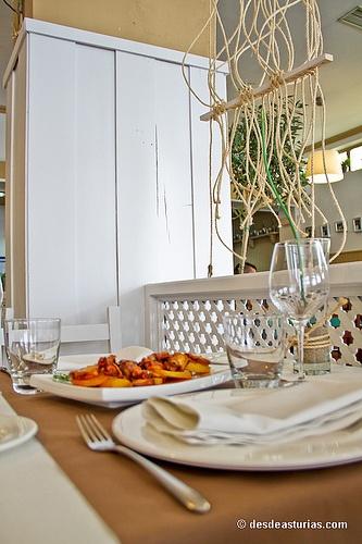 Restaurante Quince Nudos Ribadesella. Restaurantes Asturias [Más info] https://www.desdeasturias.com/asturias/comer-y-salir/