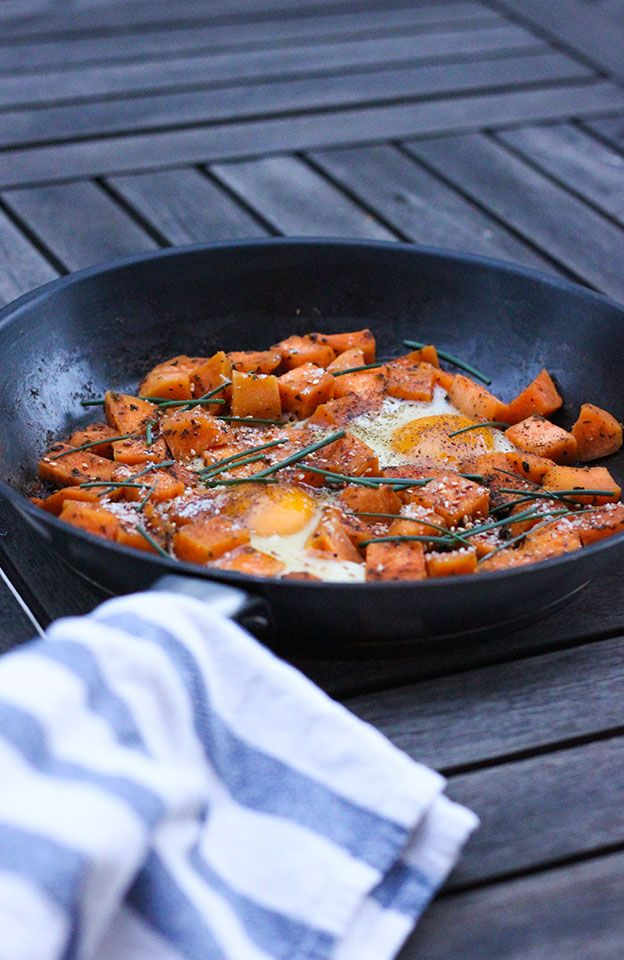 La patate douce est l'un de mes aliments préférés je crois. Je l'ai connue avec mon changement d'alimentation et depuis, je ne cesse d'en manger sous toutes ses formes. Ma version préférée, c'est q...